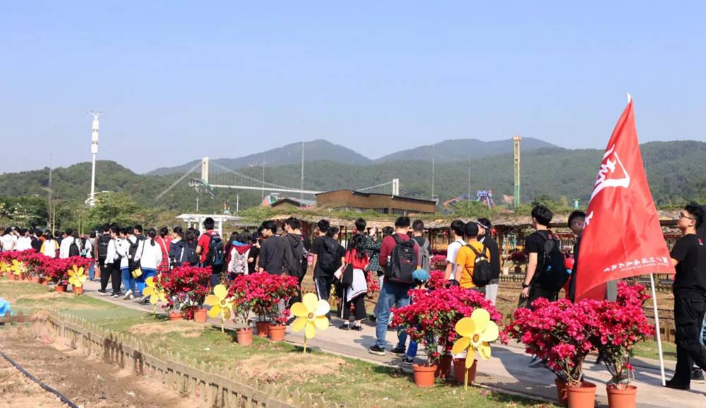 广州围墙画室,广州围墙美术培训,广州画室户外活动,05
