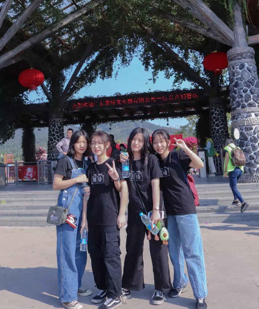 广州围墙画室,广州围墙美术培训,广州画室户外活动,13