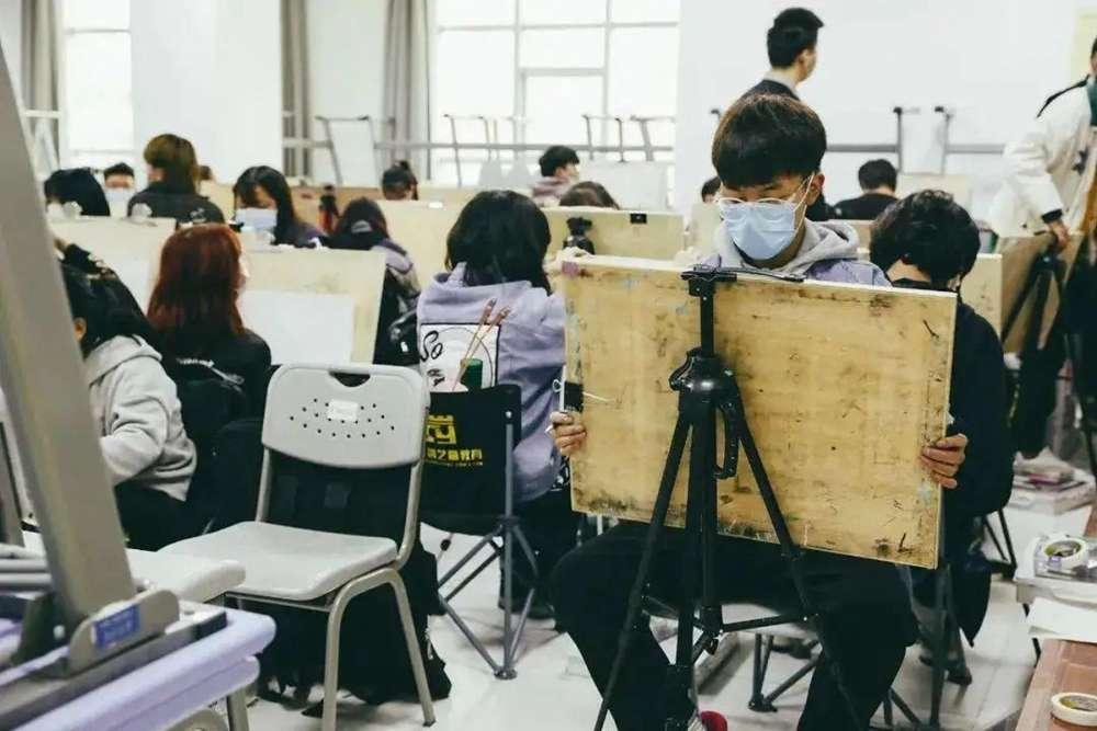2021年美术统考考多少才能通过?广州画室建议美术生要重视!