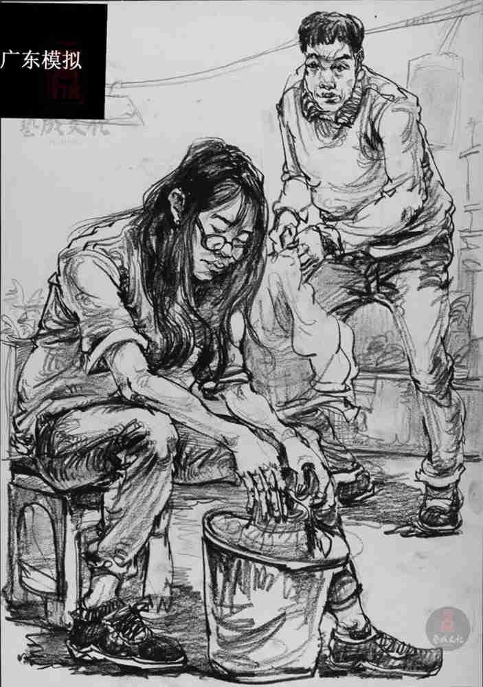 今天广州十大画室老师送你近两年广东模考速写高分卷,10