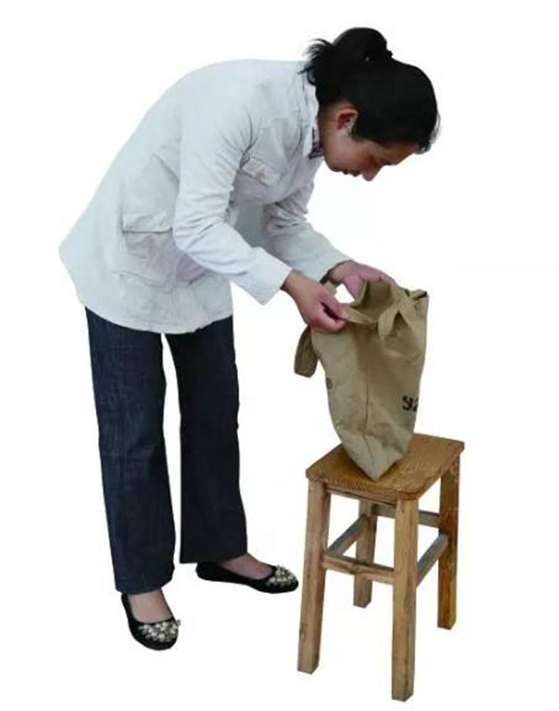 今天广州十大画室老师送你近两年广东模考速写高分卷,19