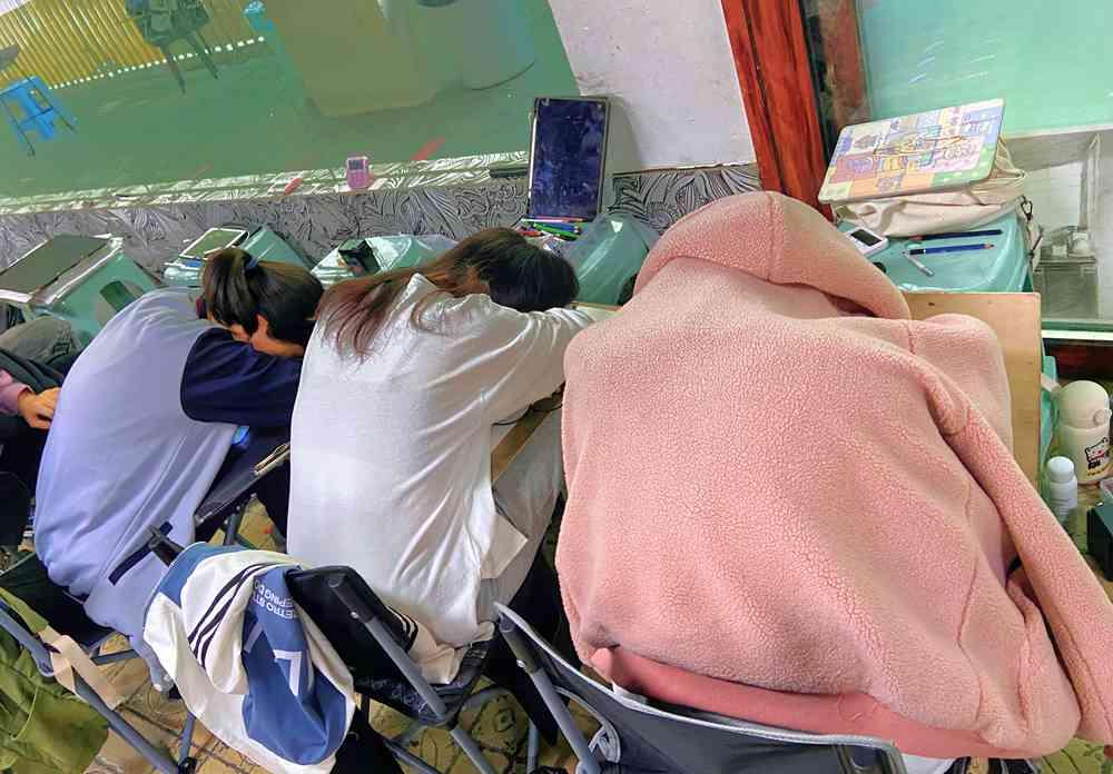 经过广州美术高考班围墙魔鬼特训后的你们!联考一定必胜,28