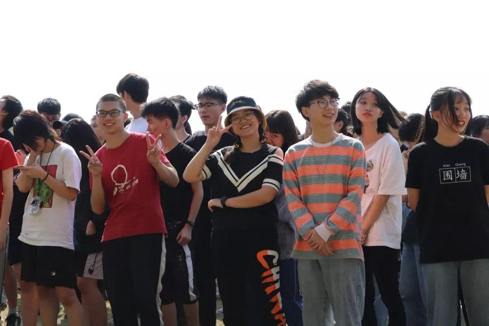 广州围墙画室,广州围墙美术培训,广州画室户外活动,08
