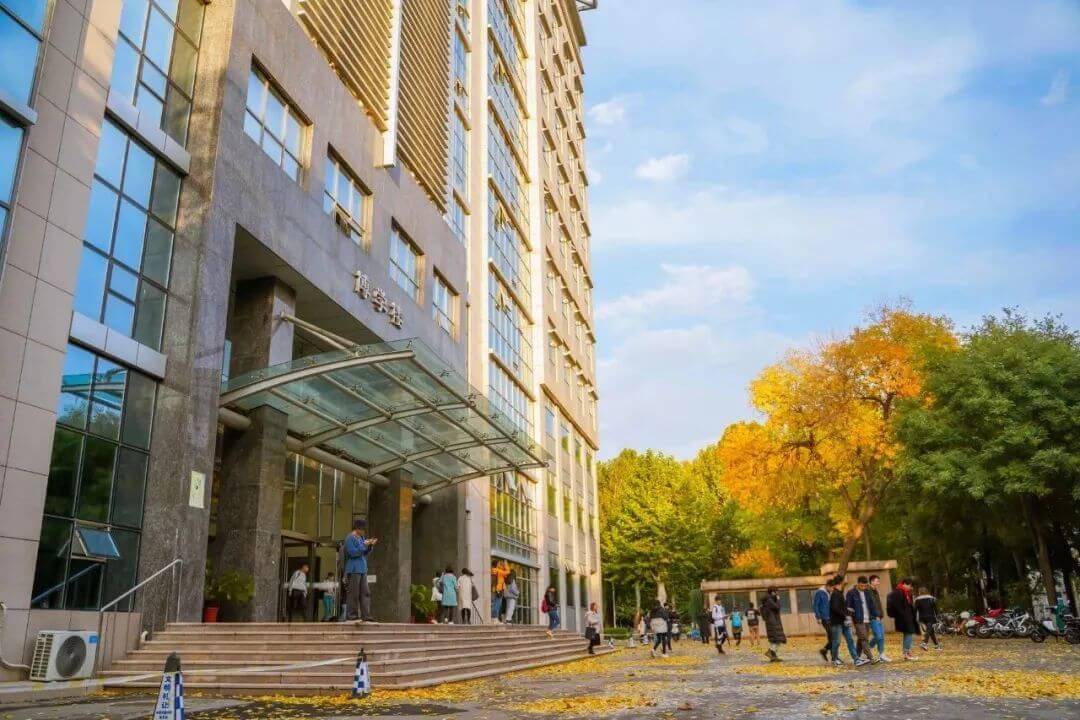 作为美术生,广州十大画室揭秘六大艺术学院和九大美院的区别,01