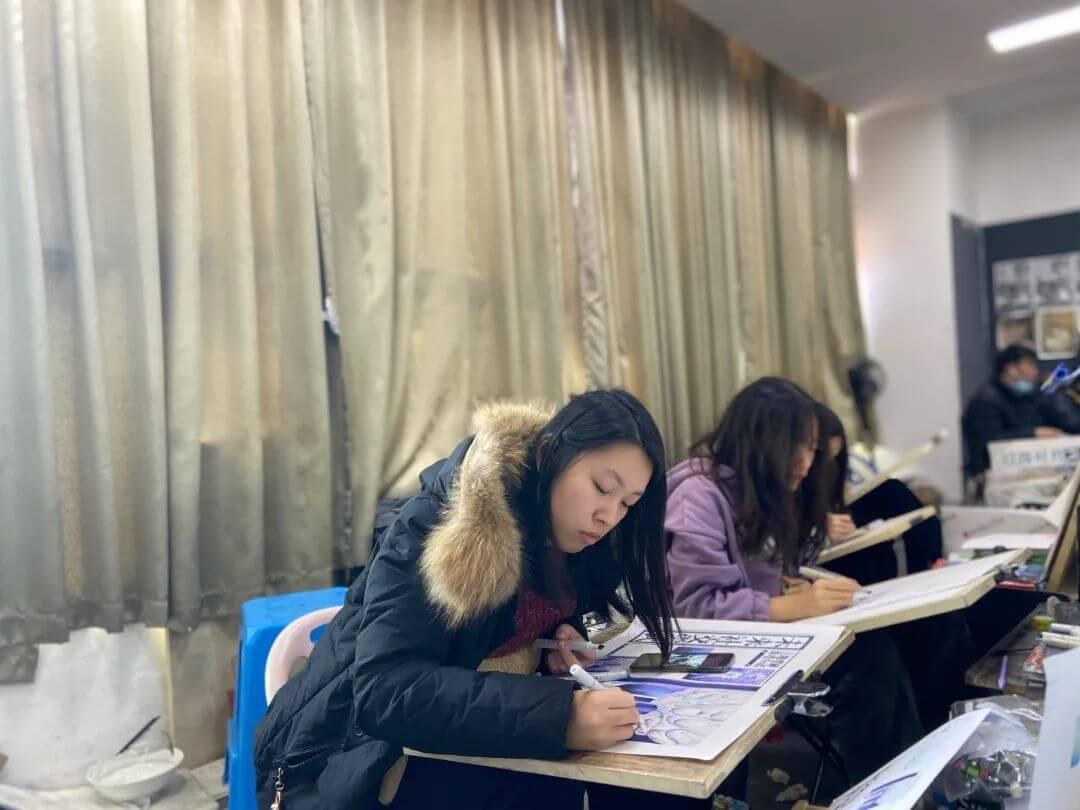 广东省联考应届生状元I一位来自肇庆学员的围墙画室学生,用实力证明什么叫超越!