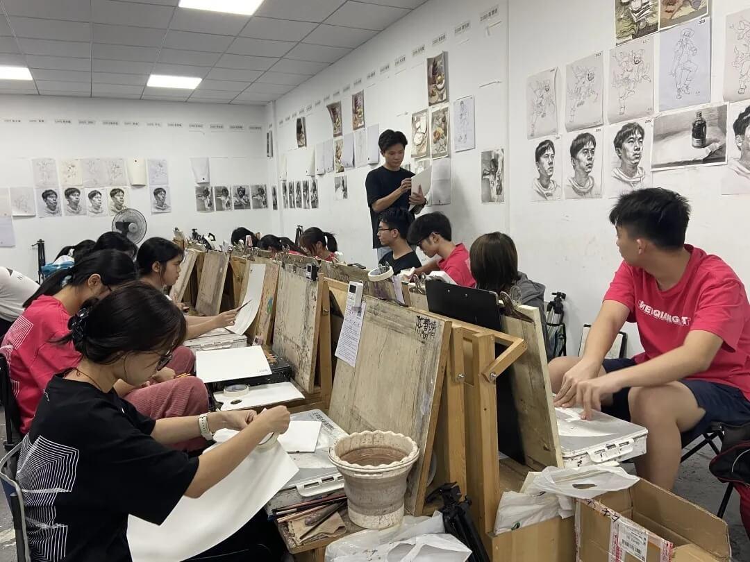 2022届广东省艺成第一次模拟考开始了!