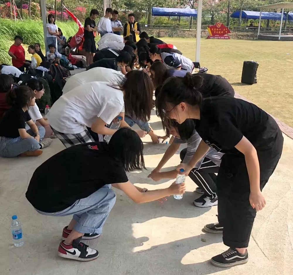 广州围墙画室,广州围墙美术培训,广州画室户外活动,11