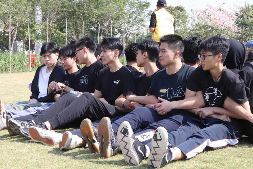 广州围墙画室,广州围墙美术培训,广州画室户外活动,10
